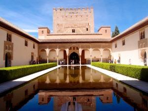 alhambra-1785052_1920